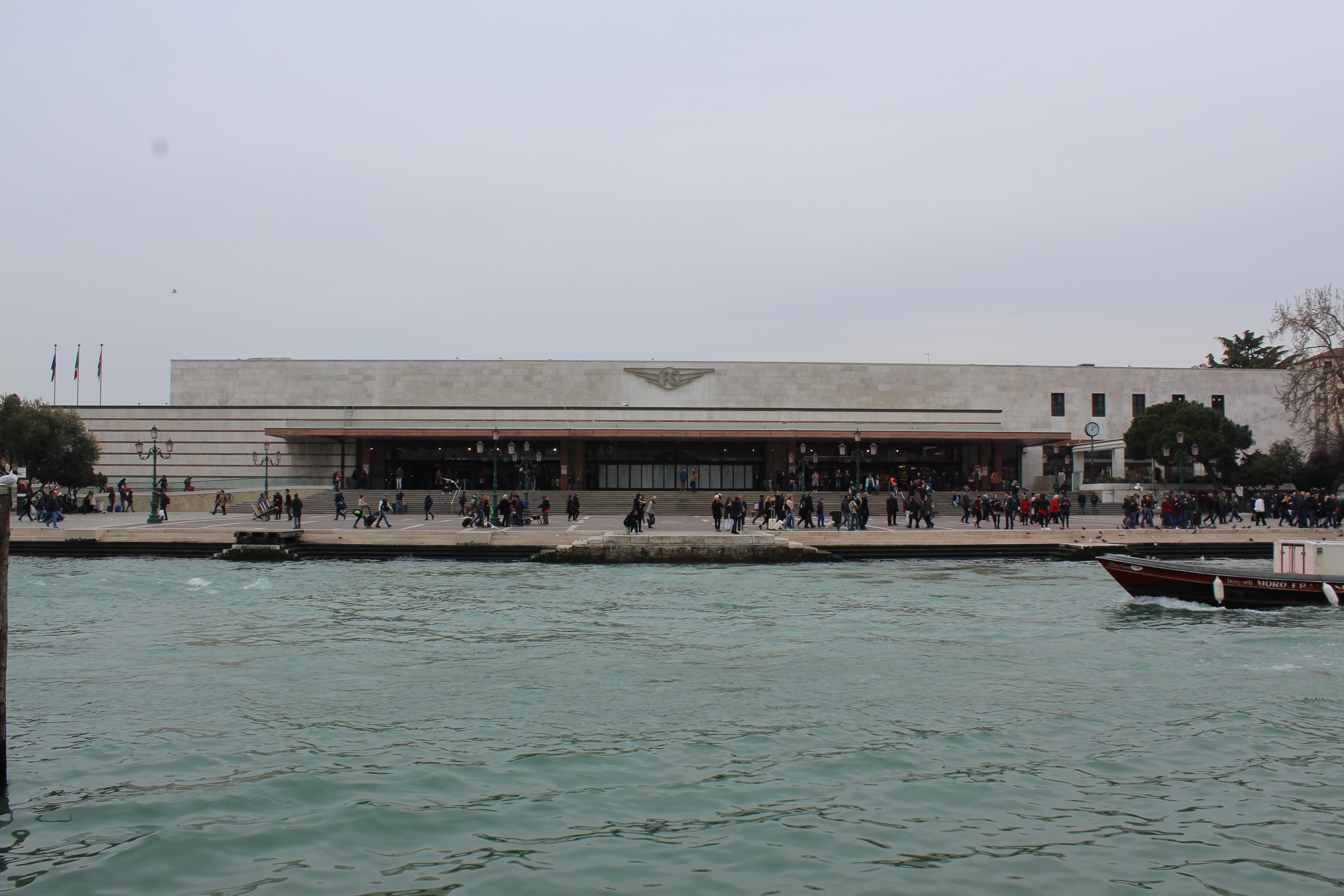 Bahnhof Venedig